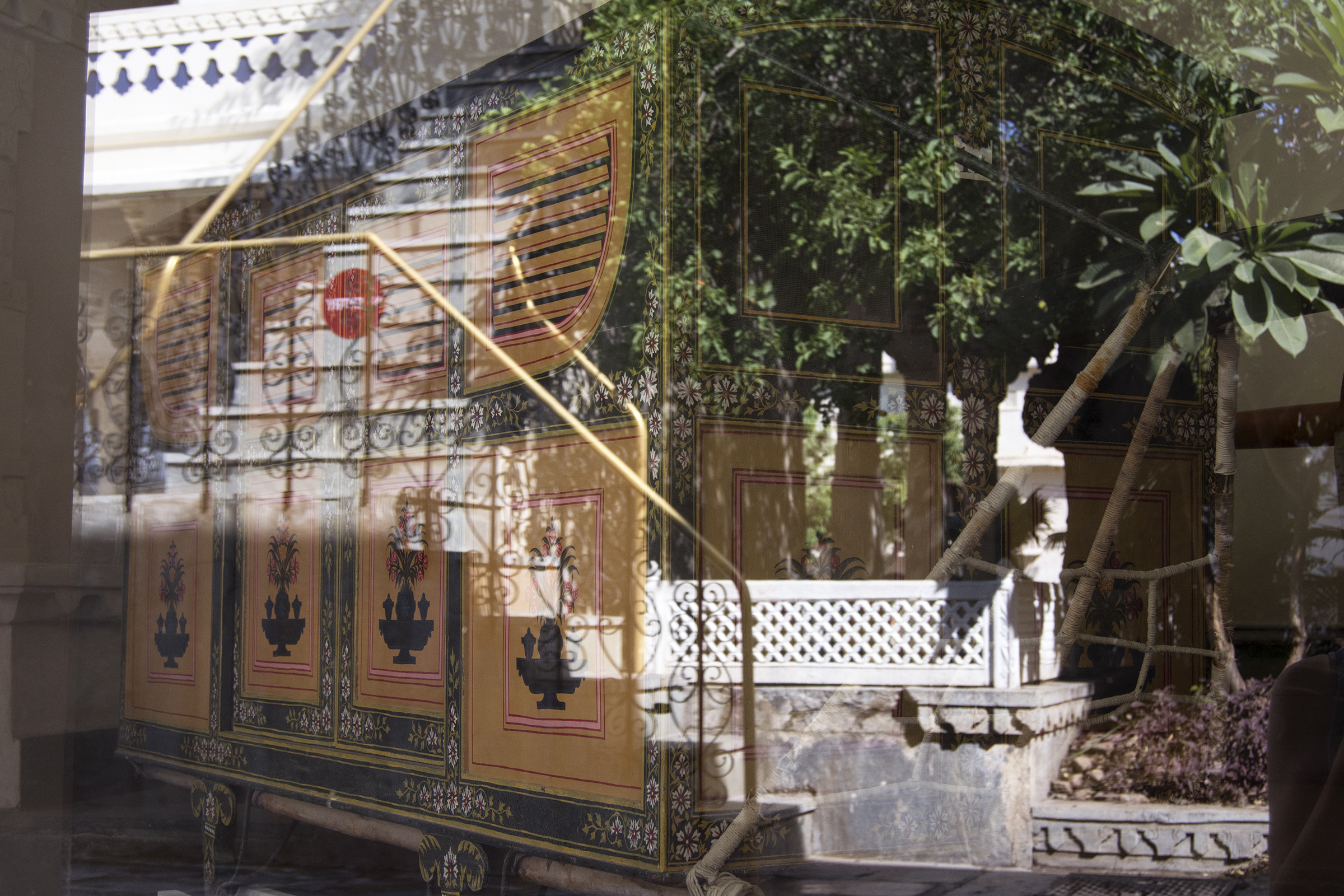 reflection_palace